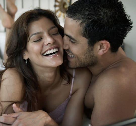какие мужские качества привлекают девушек, мужские качества, что привлекает девушек в парнях, мужская галантность, импровизация, социальная значимость