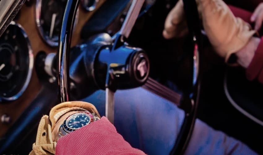 брендовые часы, брендовые наручные часы, преимущества брендовых часов, функции брендовых часов, брендовые женские часы, женские часы, женские часы купить, как с помощью часов соблазнить девушку